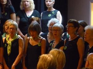 250517_women_singing