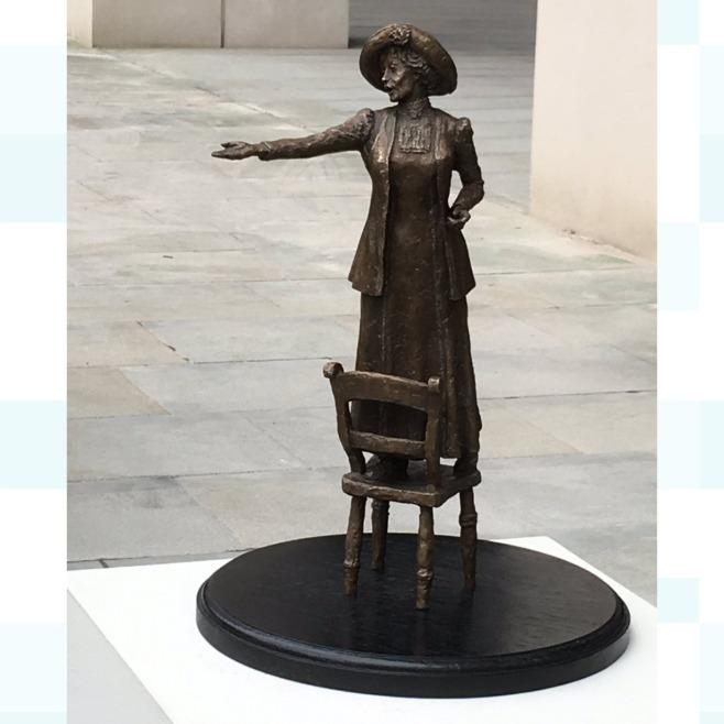pankhurst statue manchester