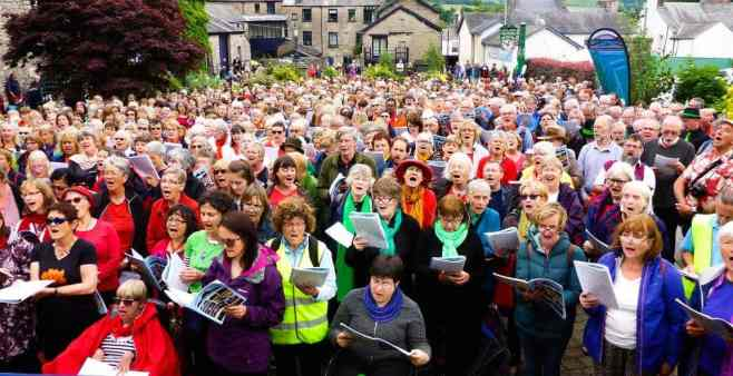 street-choir-massed-sing-2017